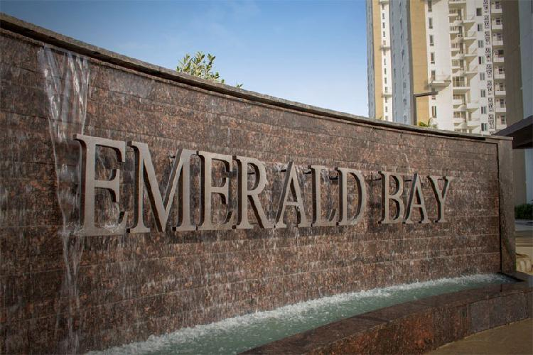 EMERALD BAY at DWARKA EXPRESSWAY Ready to movein 2BHK