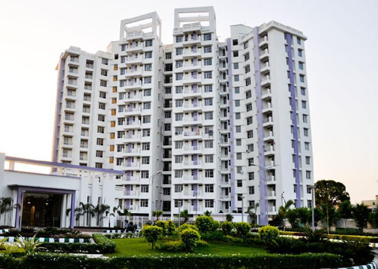 Eldeco Eternia at Sitapur Road 3BHK Luxury Homes