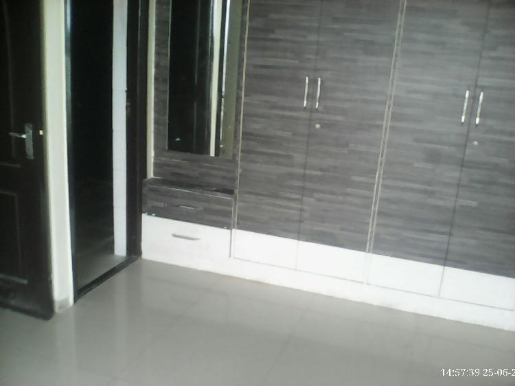 Flat for rent in sahakarnagar 2 bedroom near MORE