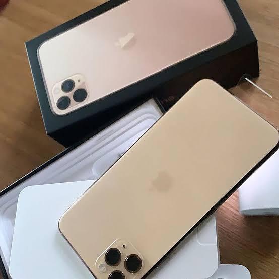 Available iphone 11 pro max original