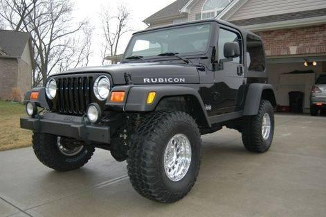 95 4x4 Jeep Wrangler 5 speed drives great - auto parts - by