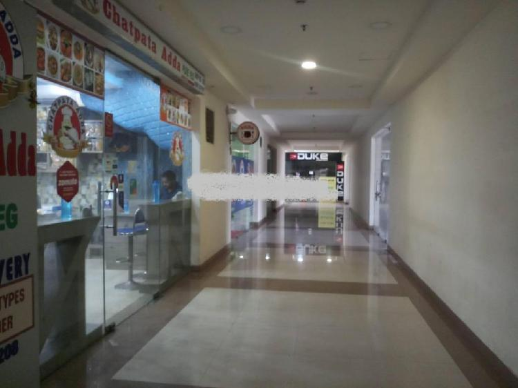Showroom for sell in heights plaza at new town