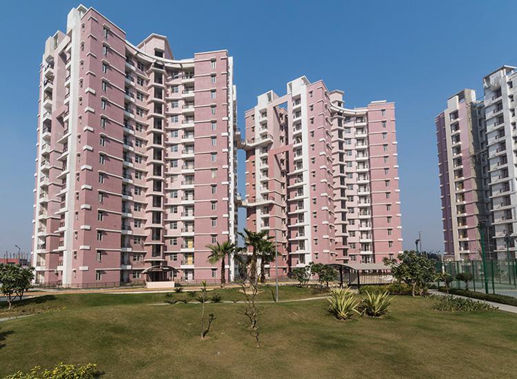 Saubhagyam T5 Luxury Flats at Vrindavan Yojna Lucknow