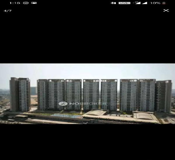 Need one roommate / flatmate / tenant for 2 bhk spacious