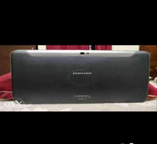Samsung galaxy n8000,10inches,2gb