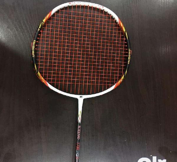 Apacs blizzard 1700 badminton racket