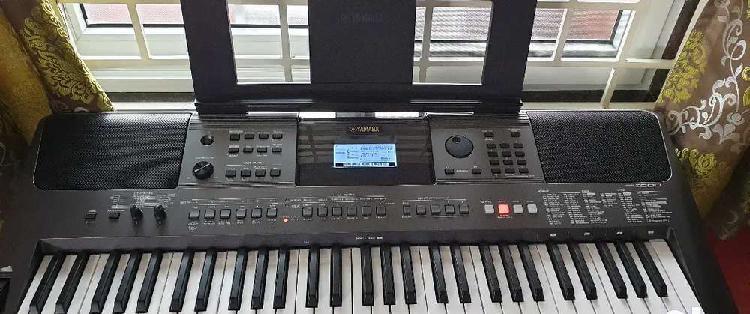Brand new yamaha psr i500