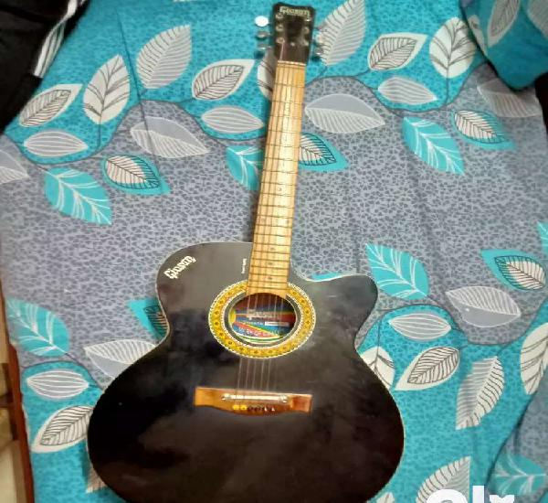 Givson semi acoustic guitar ( with cover)