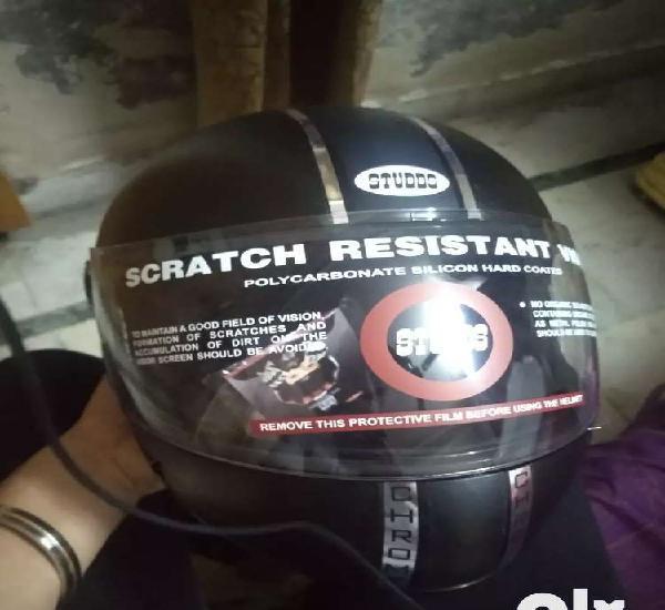 Studds chrome economy motorsports helmet black (brand new
