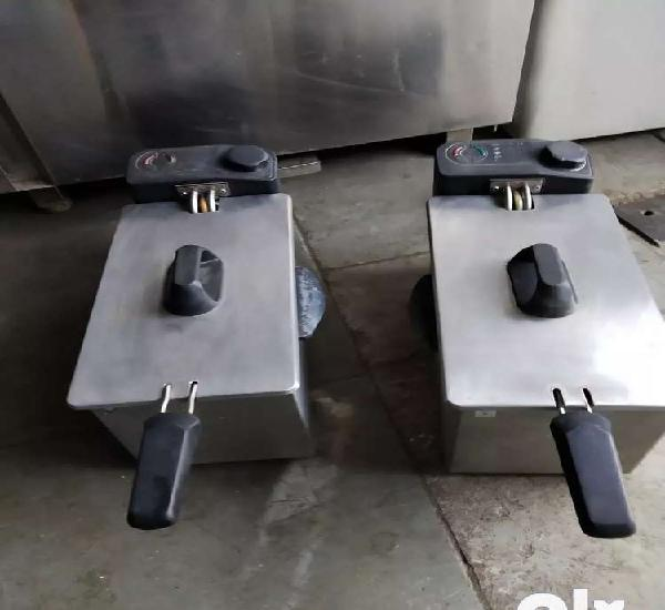 Electric table deep fryer