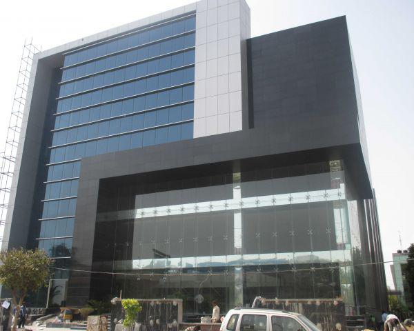 Industrial factory building 100000 sq ft for lease in noida