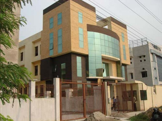 For rent 22000 sq ft in sector 5 noida