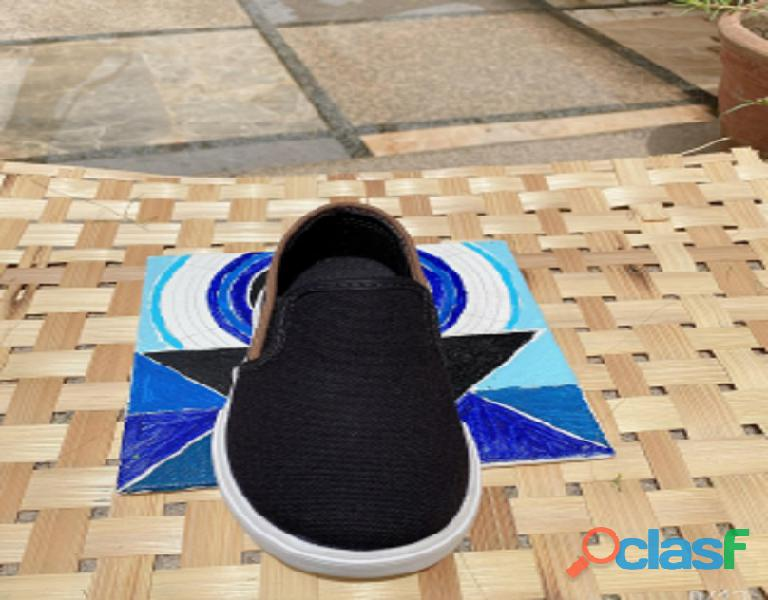 Buy elegantly crafted baby shoes designs