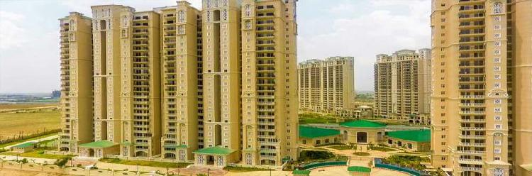 Buy ready to move 3 bhk flats in ats pristine. call