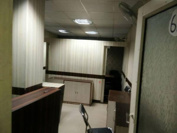 Fully-furnished 300 sqft office space on lease - real estate