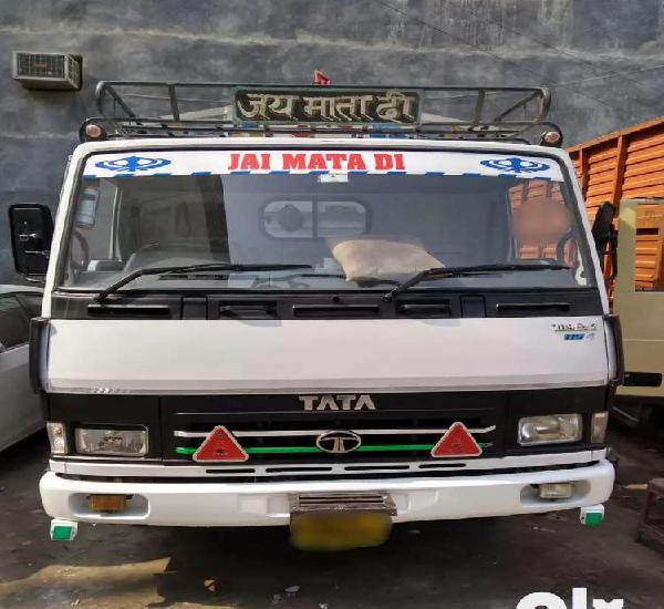 Tata 709 lpt 17footy diesel dl no