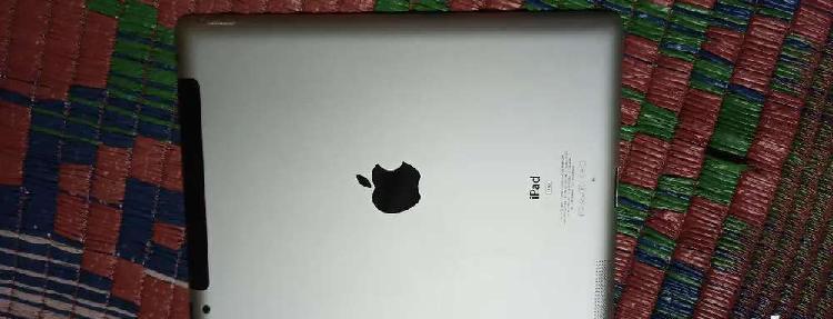 Sale 1 year used apple ipad 2 16gb wi-fi + cellular