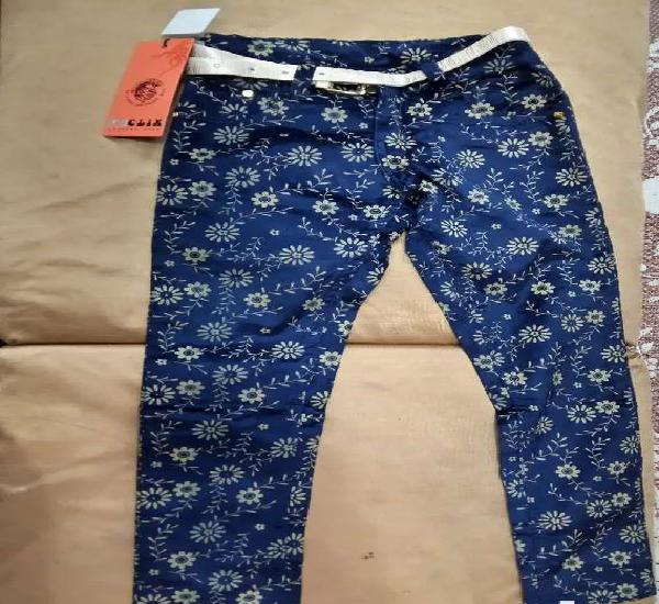 """Unused"""" stylish dark blue pants for a girl (tags attached)"""