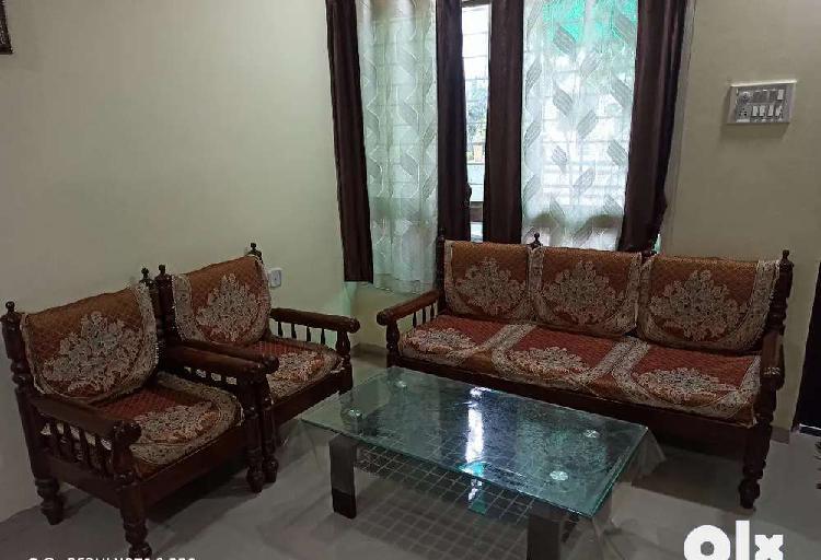 3 + 1 + 1 sofa set
