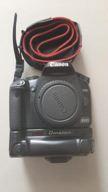 Canon eos 450d with 3 lenses flash tripod and dry box