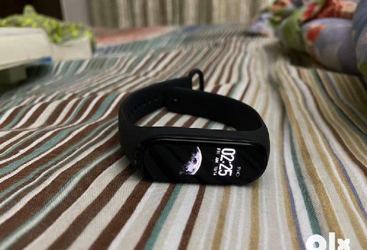 Mi band 4 - black colour