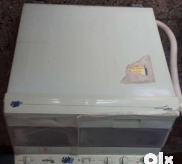 Whirlpool washing machine super clx 5.0 kg