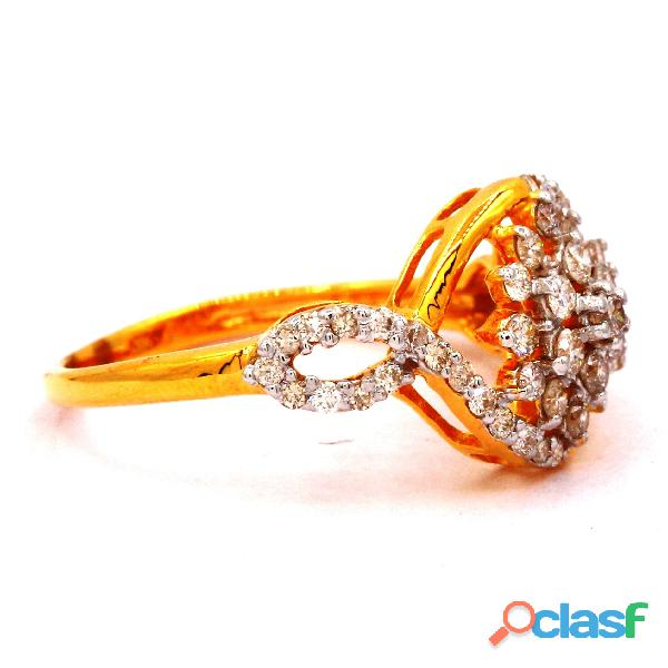 Diamond Ring Roundish Diamond Ladies Ring 2