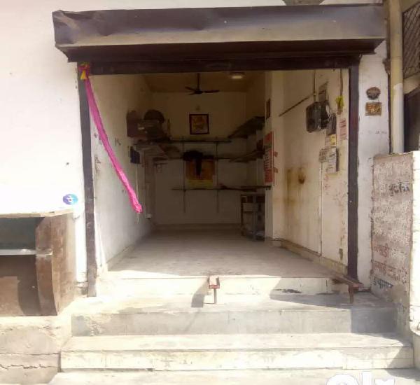 Corner shop for rent in ranjit nagar market in south patel