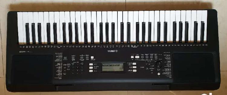 Yamaha e363 music keyboard