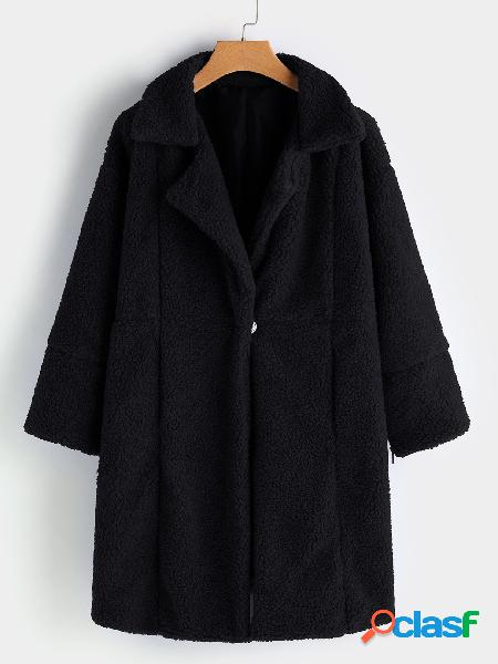 Black button design lapel collar long sleeves woolen coat with slip poackets