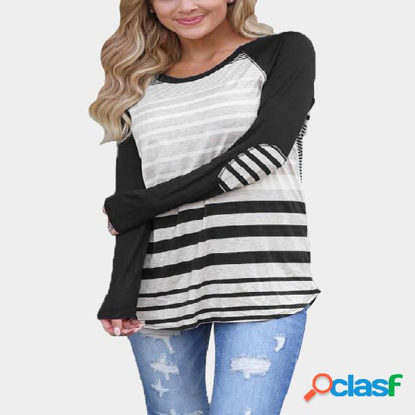 Black stripe round neck curved hem tee