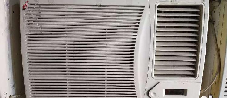 Window ac with remote & stabilizer