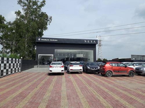 Come to eakansh motors maruti showroom ambala