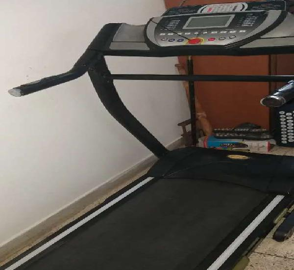 Motorised trademill 'fitline' very good condition, very
