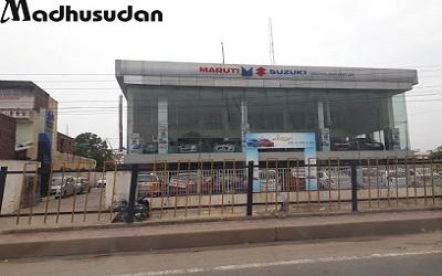 Madhusudan motors - best dealer of maruti suzuki arena