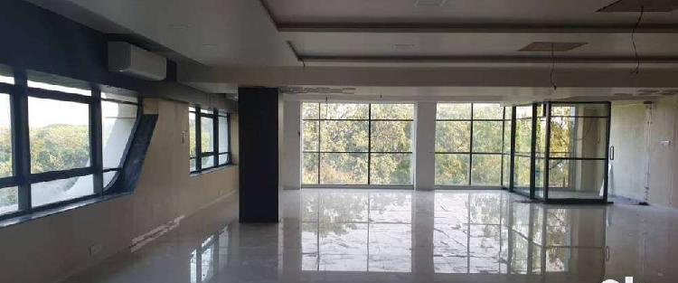 2950 sq ft unfurnished commercial office space on rent at fc