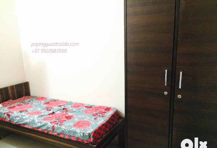 Single room pg for boys and girls in noida sector 62