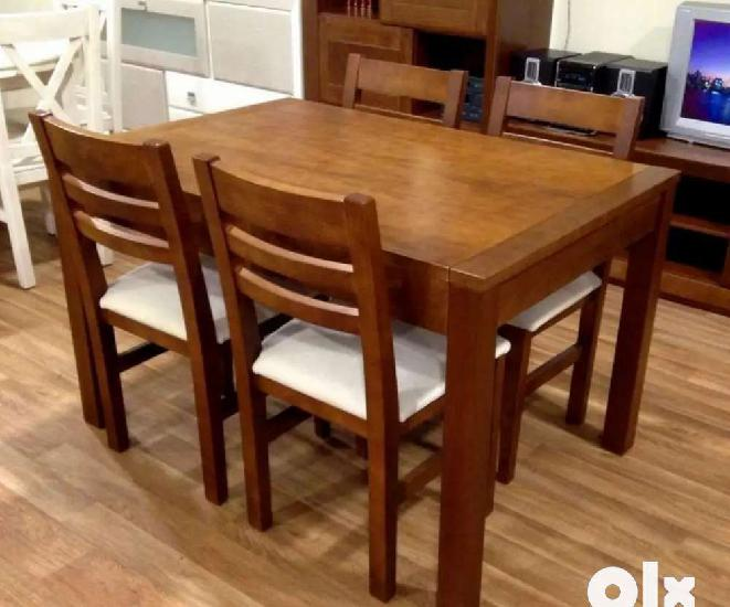 Brand new dining set 4 seater binni pattern