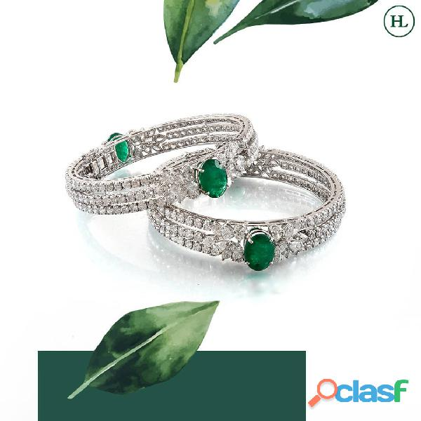 Offering the best quality diamond earrings online