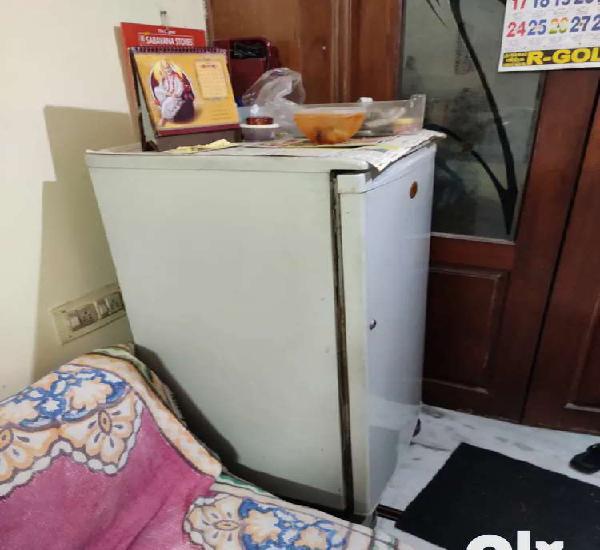 Lg refrigerator single door used for sale at ayanavaram