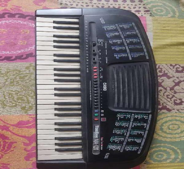 Casio tonebank ma-120 keyboard/piano