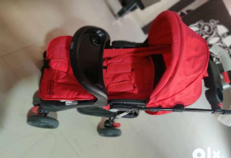 Babyhug stroller 0 to 5 year