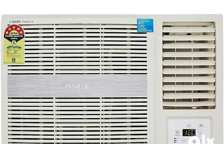 5star voltas window ac, 1year old, company serviced for this