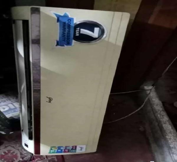 Old running ac with free installation rs 15000/-