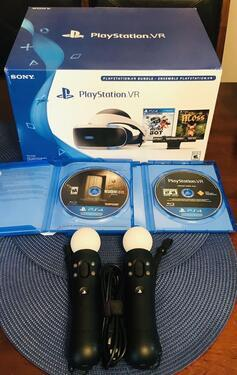 Playstation ps4 pro 1tb with 15 cd game and 2 controllers c