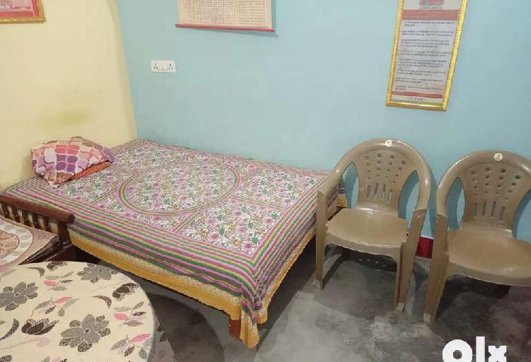 Room rent in gorakhpur