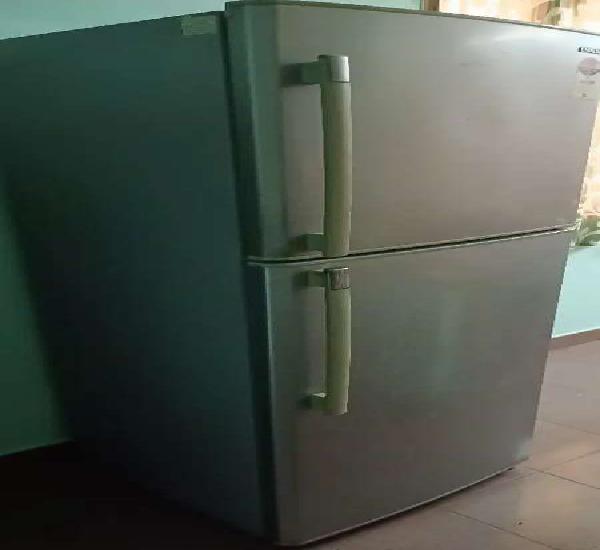 375 ltrs samsung double door refrigerator