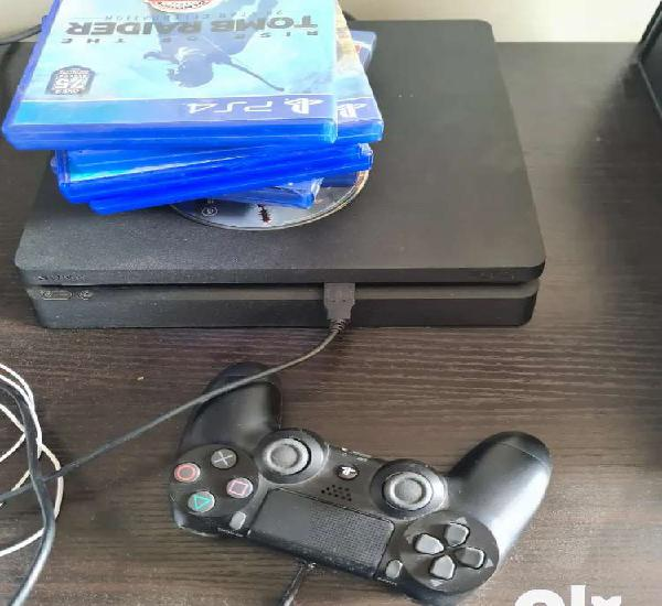 Ps4 1tb with games and 2 controllers