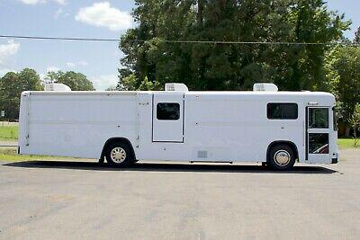 Mobile medical clinic bus - doctor's office on wheels -