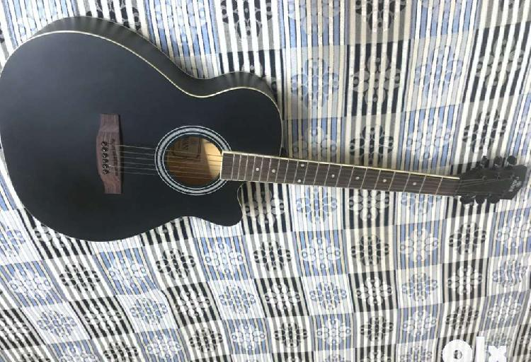 Brand new, less used guitar, completely fine quality